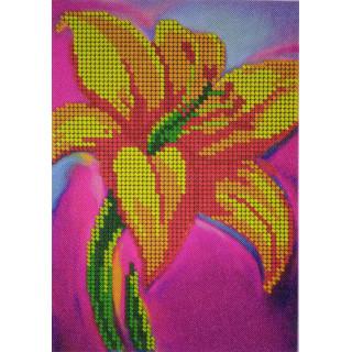 Яркая лилия